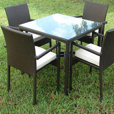 Garden Table Manufacturer in Delhi